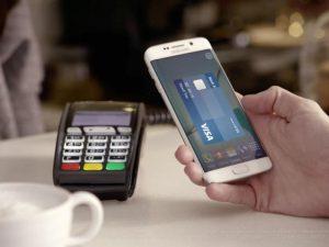 A Samsung Galaxy making a Samsung Pay transaction